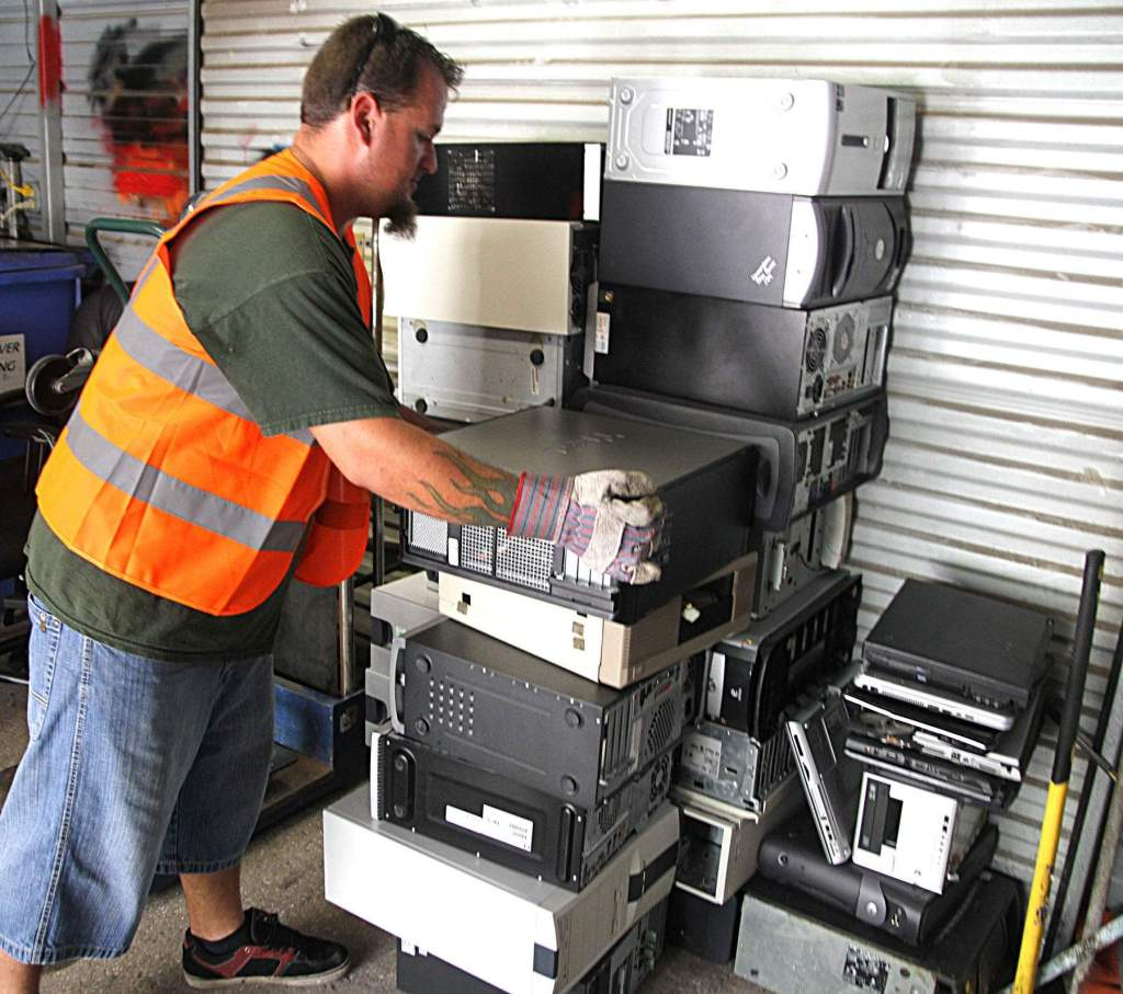 obsolete electronic small business recycling