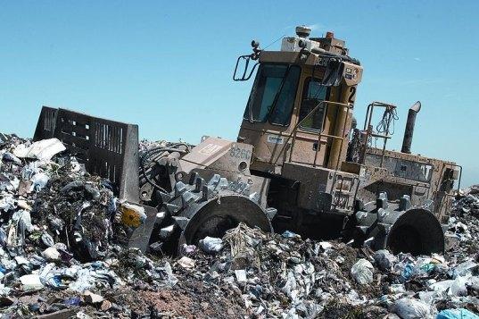 electronics-disposal-landfill